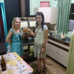 Naised illegaalses köögis