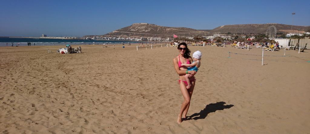 Naine rannas 1